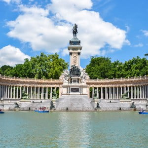 Madrid Groepsreis Monument Alfonso XII